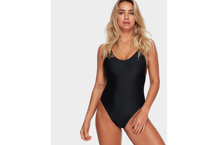 VZ ONE PEACE ONE PIECE